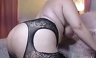 Huge bbw lived tease her sexy body on cam