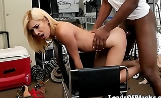Casting babe getting interracially banged