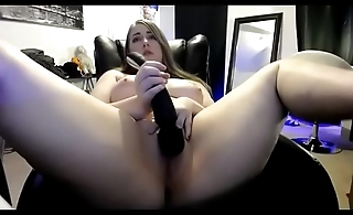 Stunning chubby flashed pussy