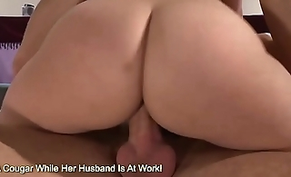 Alexis Texas Has Her Big Beautiful Butt Eatin Out