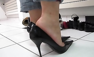 Cams4free.net - Felonious Despondent High Heels Shoeplay